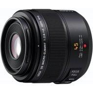 Panasonic Leica DG Macro Elmarit 45mm f/2.8 ASPH Mega O.I.S.