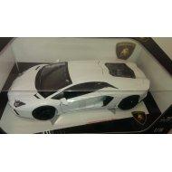 Bburago Plus - Lamborghini Aventador LP700-4 1:18