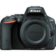 Nikon D5500 + 35mm AF-S